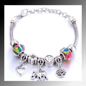 💜Elephant/Tree of Life Bangle Charm Bracelet